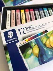 پاستل گچی استدلر  - 12 رنگ - جعبه مقوایی Staedtler karat 12 color Soft pastel chalk